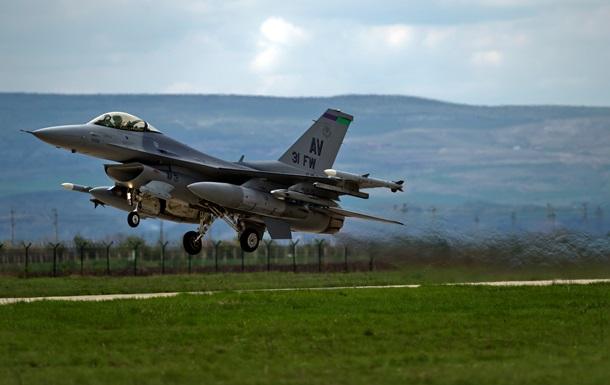 Истребители НАТО ловили над Балтикой российский самолет-разведчик