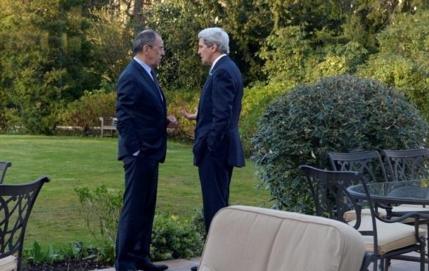 США и Россия договорились продолжить диалог по Украине - Керри
