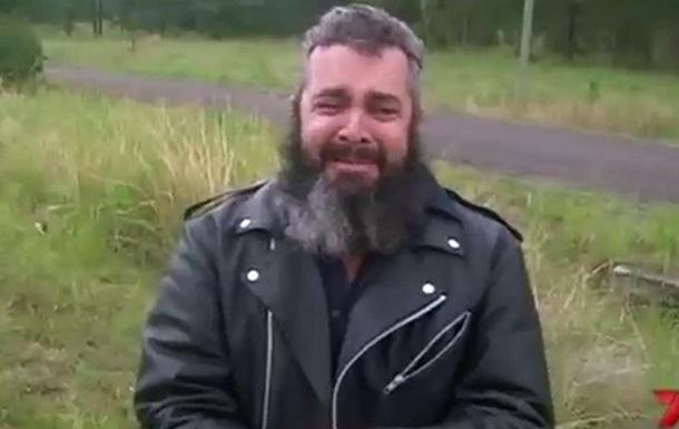 Преступник угнал автомобиль репортера во время интервью