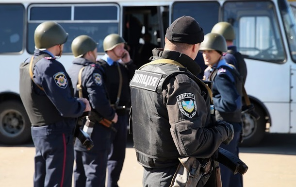 Геращенко: Милицию Донецкой области возглавил боевой полковник из зоны АТО