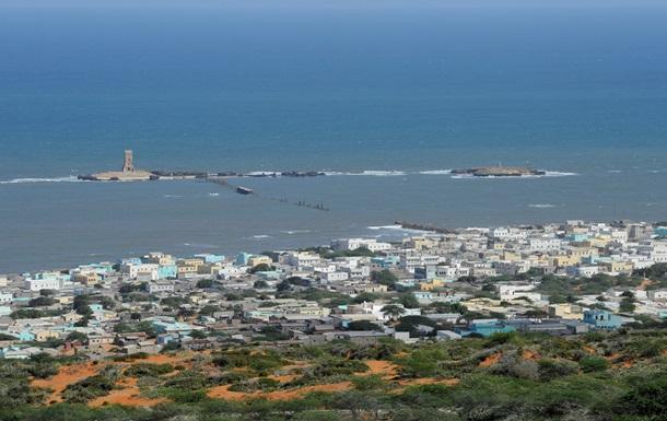 В Сомали боевики  Аш-Шабаб  захватили остров Кудха