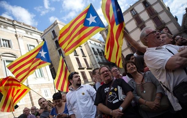 В Каталонии начинается опрос о независимости