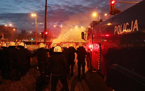Беспорядки в Варшаве: 50 человек получили ранения