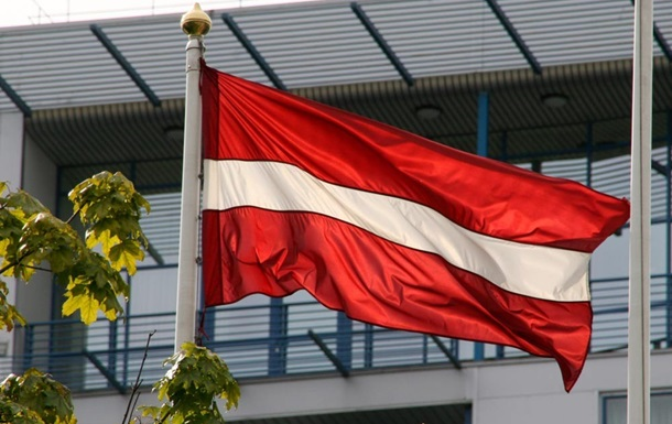 Латвия намерена расширять черные списки россиян