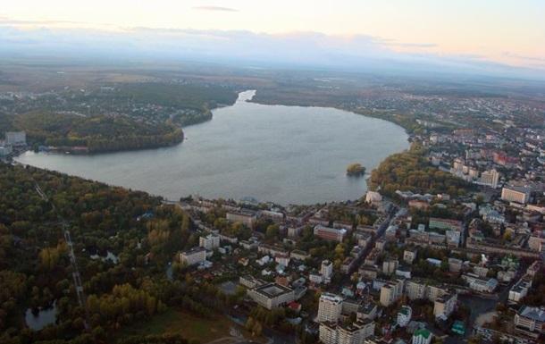 В Тернополе неизвестный открыл стрельбу, есть раненые