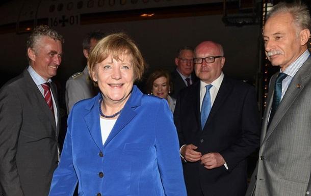 Меркель не ждет  внезапных  изменений от встречи с Путиным