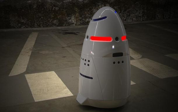 Роботы-охранники с лазерами вышли на первое патрулирование