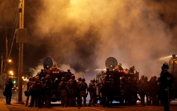 Власти американского штата Миссури объявили режим ЧП, опасаясь беспорядков