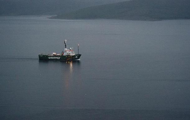 Власти Испании задержали судно экологов  Арктик Санрайз