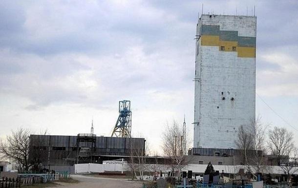 На шахте Засядько из-за отключения света  под землей застрял 231 горняк