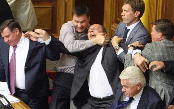 ТОП-5 первых парламентских зуботычин