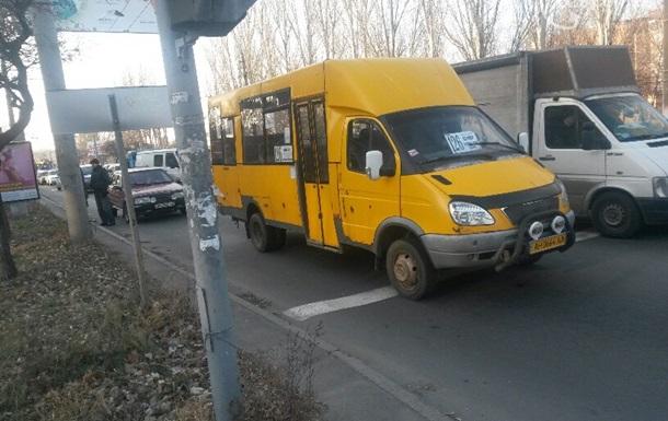В Мариуполе из автопарка угнали несколько маршруток