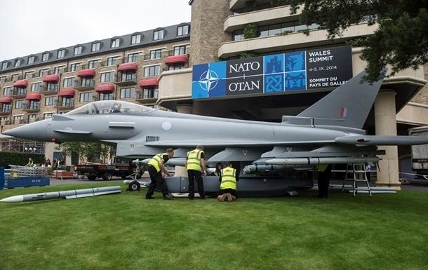 Генсек НАТО призвал Альянс увеличить расходы на оборону вслед за Россией