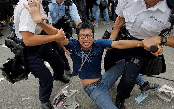 В Гонконге полиция задержала 116 протестующих