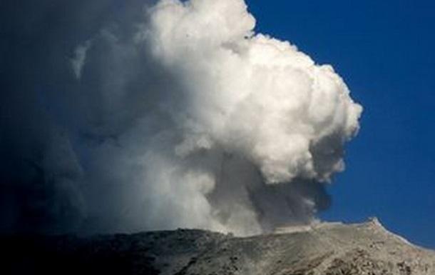 В Японии из-за извержения вулкана Асо эвакуируют население