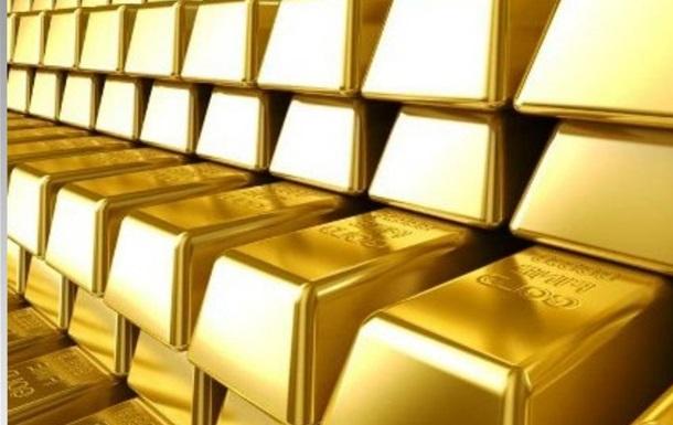Гонтарева сливает золотой запас Украины