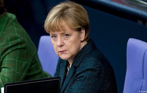 Меркель уверена в успехе политического урегулирования в Украине