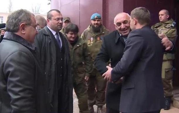 В ДНР прибыла делегация из Абхазии
