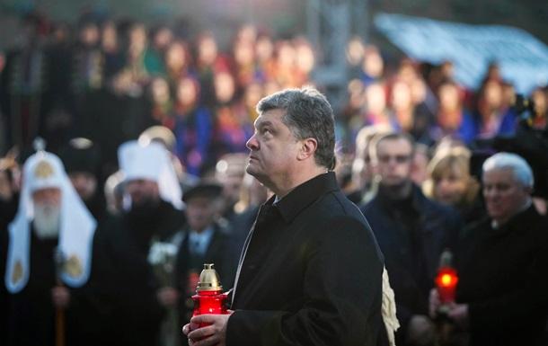 Порошенко исключает давление на Украину извне в вопросе курса развития