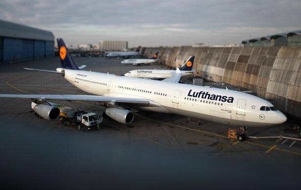 Lufthansa отменила более тысячи авиарейсов из-за стачки