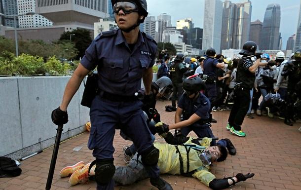 В Гонконге полиция задержала 40 участников беспорядков