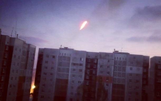 Сепаратисты открыли огонь из реактивной артиллерии в жилом квартале Донецка