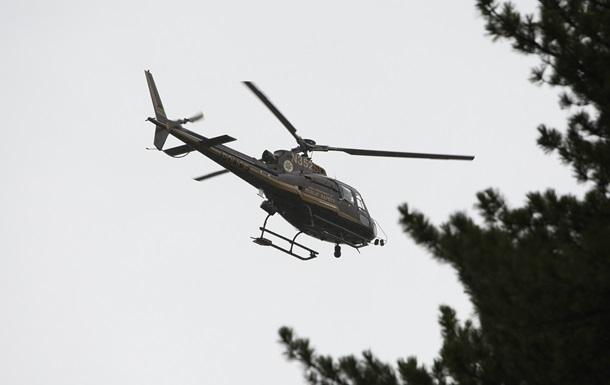 В США вертолет врезался в здание