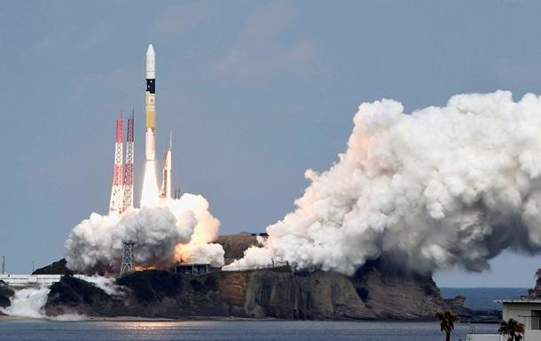 Японский космический зонд полетел к астероиду