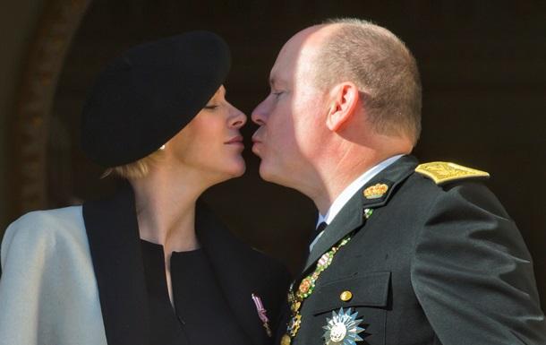 Жена князя Монако родила близнецов