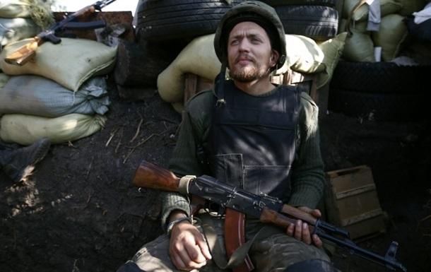 Шесть военных украли арсенал оружия из зоны АТО