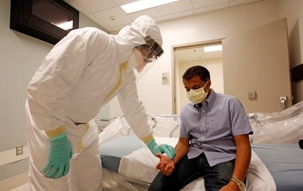 Швейцарцы приостановили испытания вакцины от Эболы из-за болей у волонтеров
