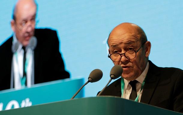 Министр обороны Франции о Мистралях: Мы не поставляем оружие непонятно кому