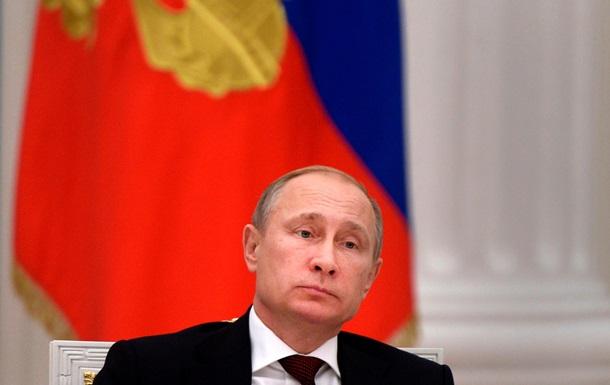 Путин в пятнадцатый раз подряд стал человеком года в России