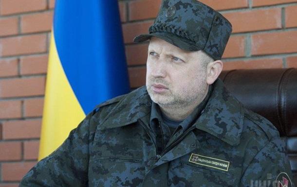 Прежде чем пустить Турчинова на свою территорию, Порошенко ее заминировал