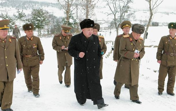 КНДР приравняла к объявлению войны рождественскую елку на границе