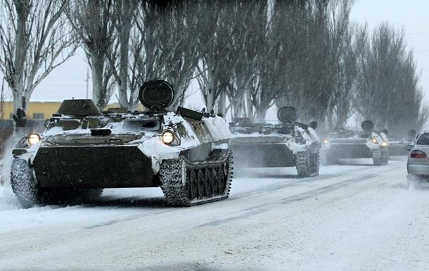 Сепаратисты отводят боевую технику на Луганщине – Москаль