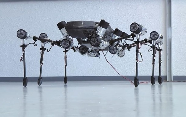 Ученые создали шестилапого робота-насекомого