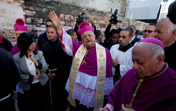 Христиане празднуют Рождество в Вифлееме