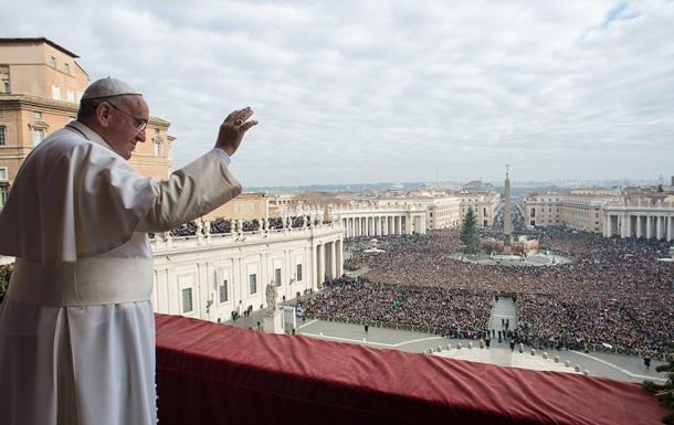 Папа в рождественской речи призвал к миру в Украине