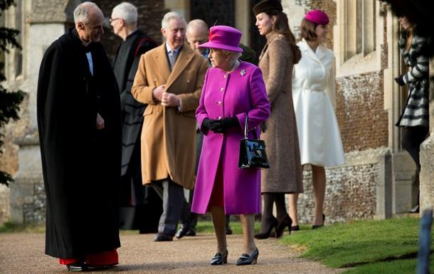 Королева в рождественской речи призвала к примирению