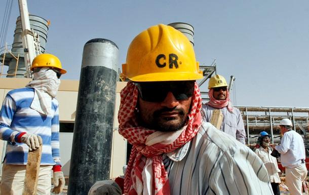 Саудовская Аравия заложила в новый бюджет нефть по $80 - Bloomberg