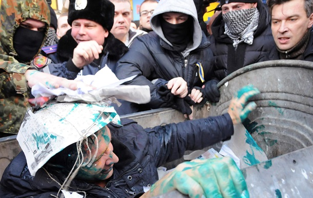 Скандалы с бойцами Айдара и ссора между Яценюком и Березой. Видео недели