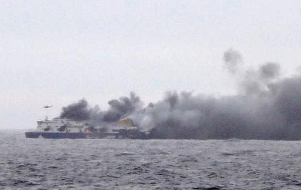 Эвакуировали всех пассажиров с итальянского парома