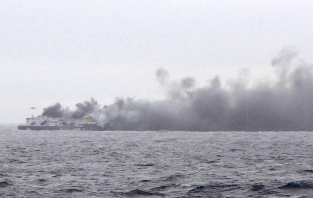 При пожаре на итальянском пароме погибли семь человек