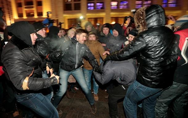 Итоги 30 декабря: Пресс-конференции Яценюка и Гонтаревой, митинг на Манежке