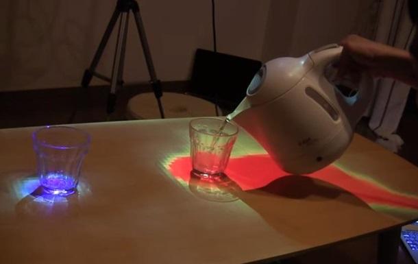 Обжечься невозможно: Японцы изобрели стол, показывающий температуру блюд