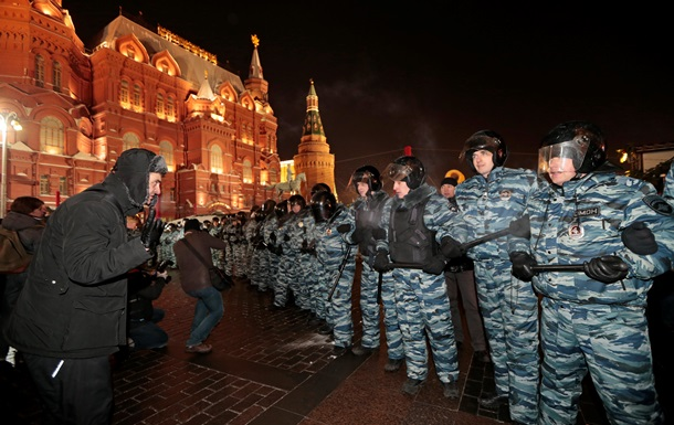 Обзор зарубежных СМИ: ЕС на пороге кризиса и почему Путин боится Майдан