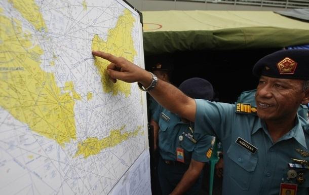 В районе крушения AirAsia найдены четыре крупных объекта