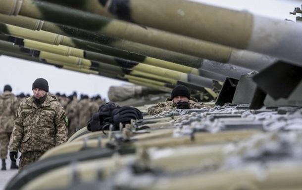 Силы АТО получат еще сто единиц бронетехники