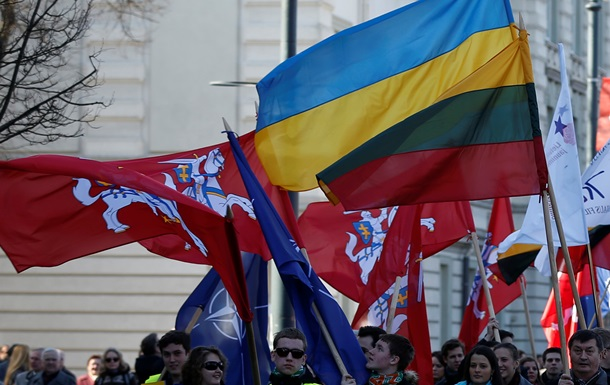 В Литве подтвердили передачу Украине элементов вооружения